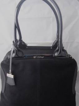 Велурена черна дамска чанта