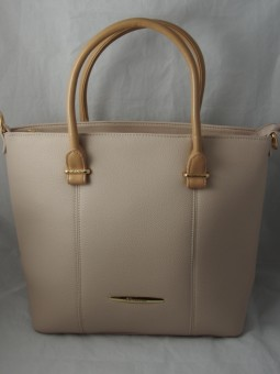 Бежова дамска чанта