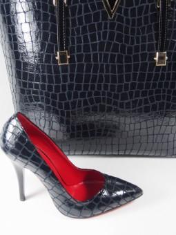 Елегантна обувка
