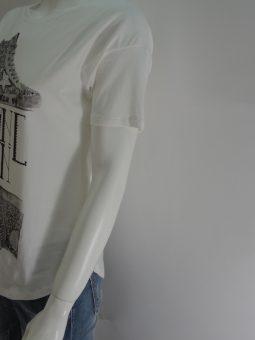 Дамска тениска с кецове