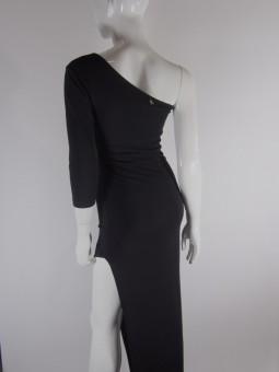 Дамска вечерна рокля с оголено рамо
