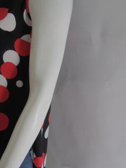 Дамска туника на червено -бели кръгове