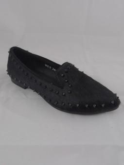 Екстравагантна дамска обувка