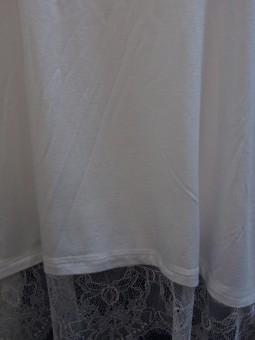 Дамска тениска с дантела
