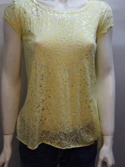 Дамска тениска от ефирна материя с шарки