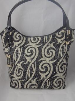 Дамска чанта с етномотиви