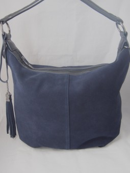 Дамска чанта от естествен велур