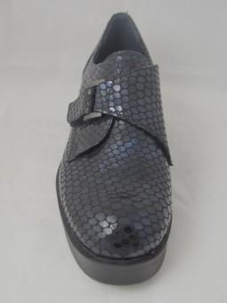 Тъмно синя кожена обувка с катарама