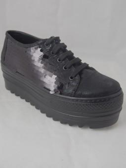 Обувки на платформа с паети