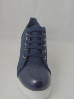 Ежедневни обувки от текстил и лак